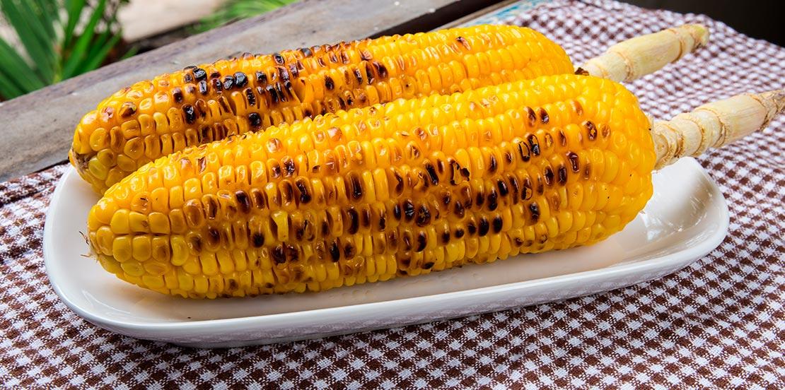 Mazorca de maíz - El mercado de la fruta (León)